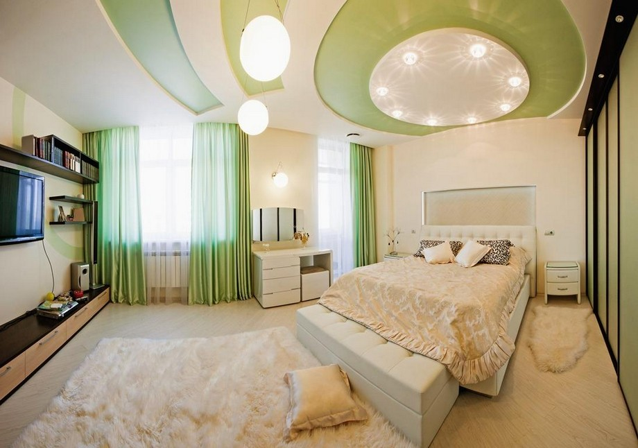 Trần thạch cao phòng khách màu xanh cho người mệnh Mộc